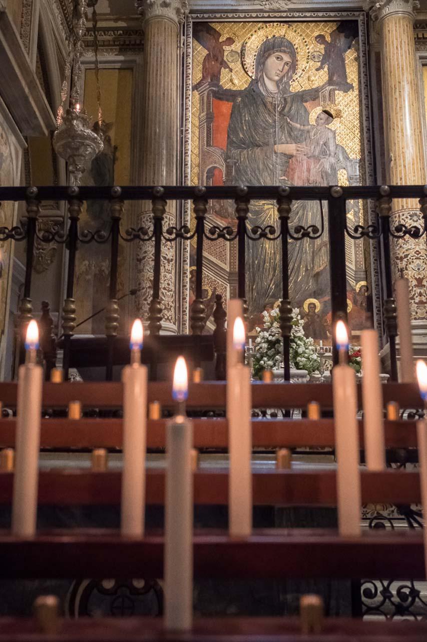 Madonna di Montevergine nella basilica antica